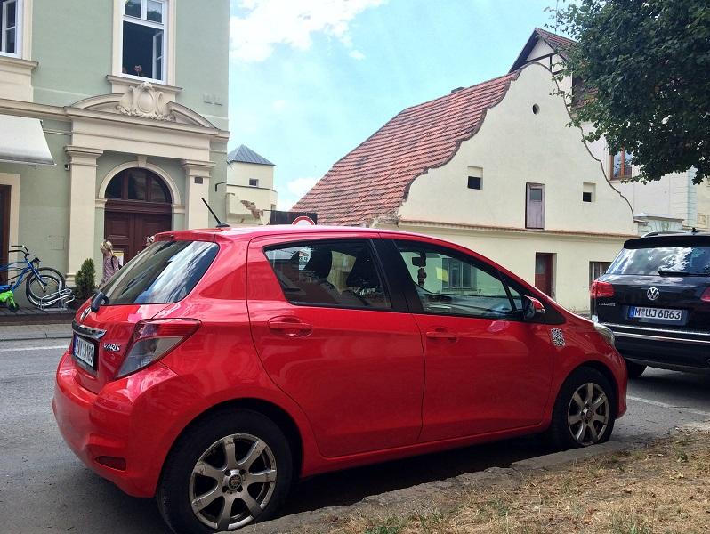 Аренда авто в Чехии парковки